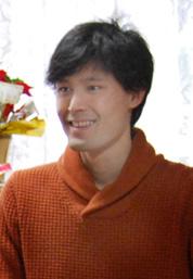 yoshi(岡 良昭)
