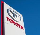 トヨタ「乾いた雑巾」さらに絞って営業利益回復。テスラ・Appleほか他社ブランドの車を製造する可能性も?=シバタナオキ