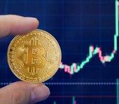 ビットコインはこのまま45万円に向かう?ポジティブニュースで仮想通貨に上昇の波=大平