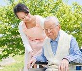日本でこれから伸びが期待される介護業界、なかでも特に注目すべき2銘柄とは?=栫井駿介