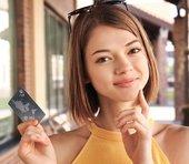 PayPayもLINE Payも負け組に? 消費増税後はクレジットカード陣営が覇権を握る=岩田昭男