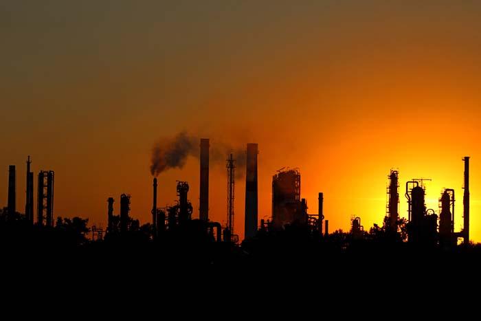 今回の原油先物の反動は少し注意すべき!日本の長期金利が暴れるリスクが