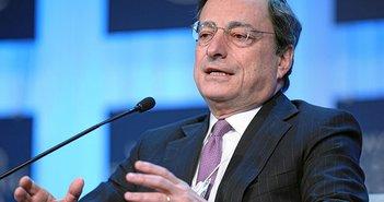 ECBの量的金融緩和策の継続のために「スケープゴート」にされるギリシャ