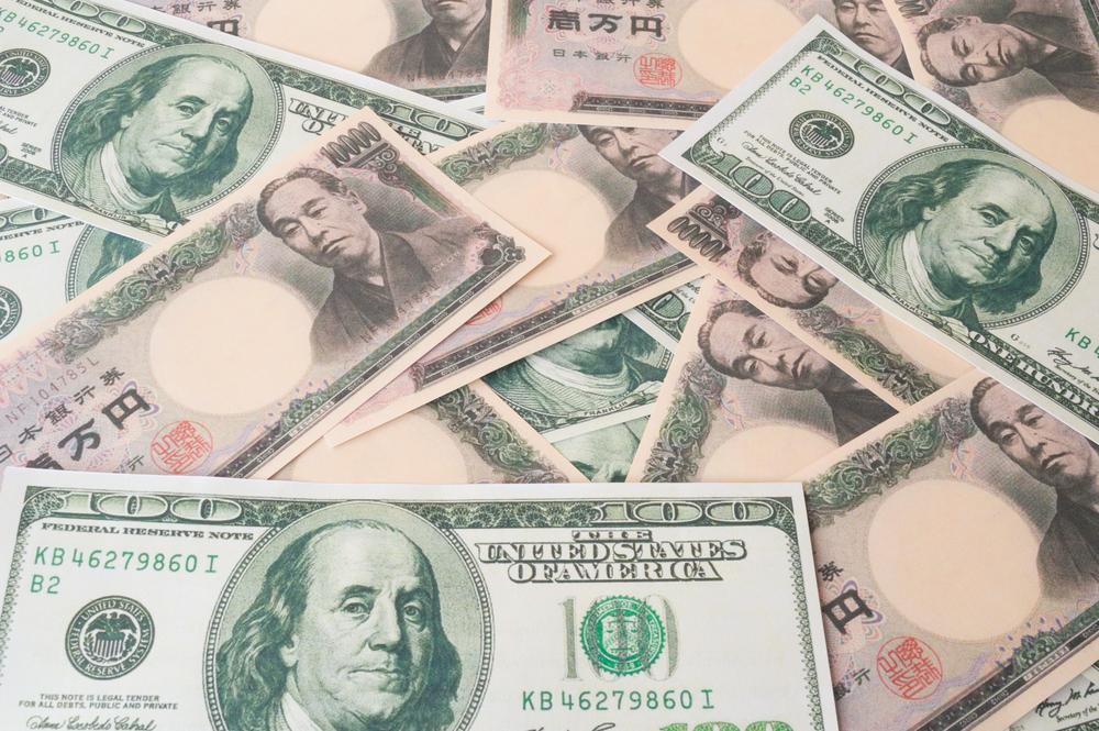 日本経済が長く委縮した諸悪の根源は円高!日本の景気は今年後半に加速する可能性も