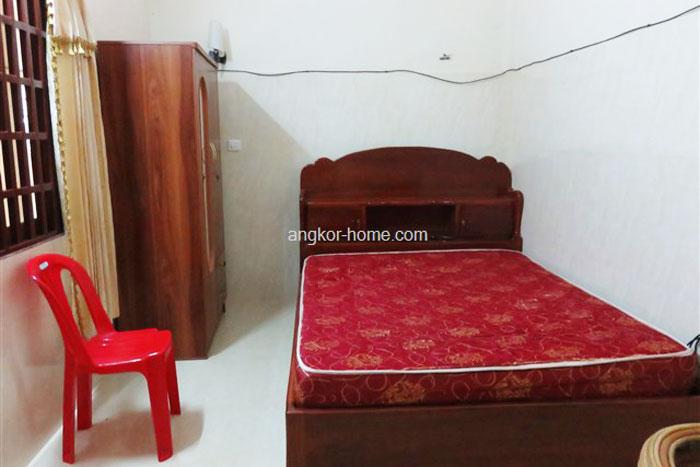 外国人にも人気のBBK3エリアの1ベッドルーム、狭いかわりに安く窓もある