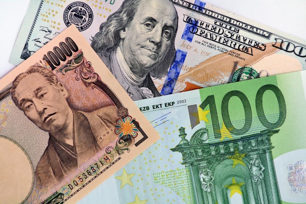 イッキの126円乗せは難しい?「要人発言でドル反発も、米雇用統計に向けた上昇は一過性に」=鈴木郁雄