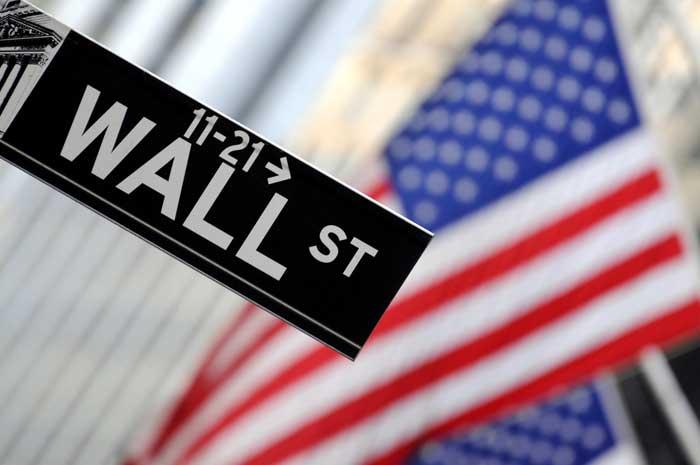日銀が支えてるとはいえ、日本株は投資に値しない!利上げがあっても米国株が推せる理由