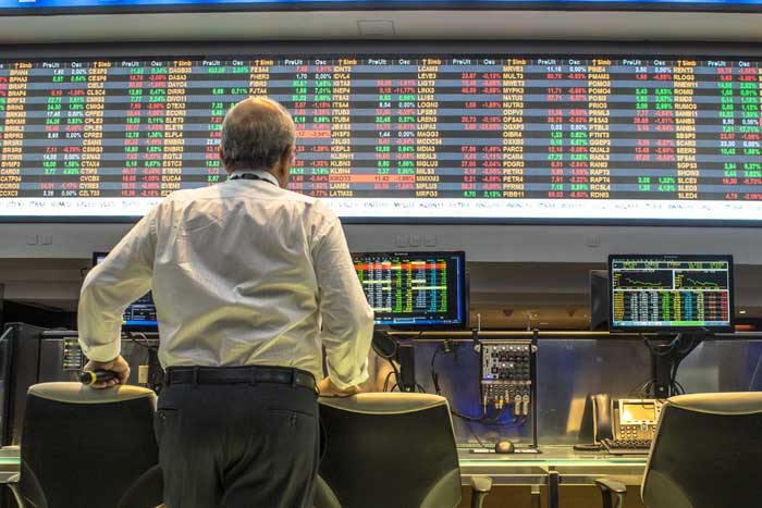 私がスイス・ユニオン銀行で目の当たりにした「為替介入」の現場=矢口新