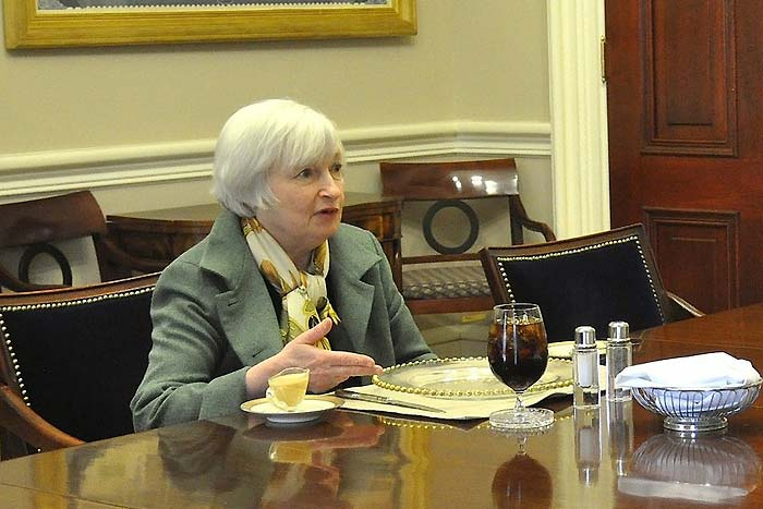 米雇用統計でドル円急落、今後の注目点/消費増税延期不況がやってくる?=ショー