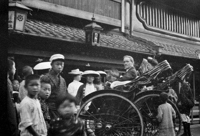 外国人カメラマンが写した「100年前の日本人」37枚!