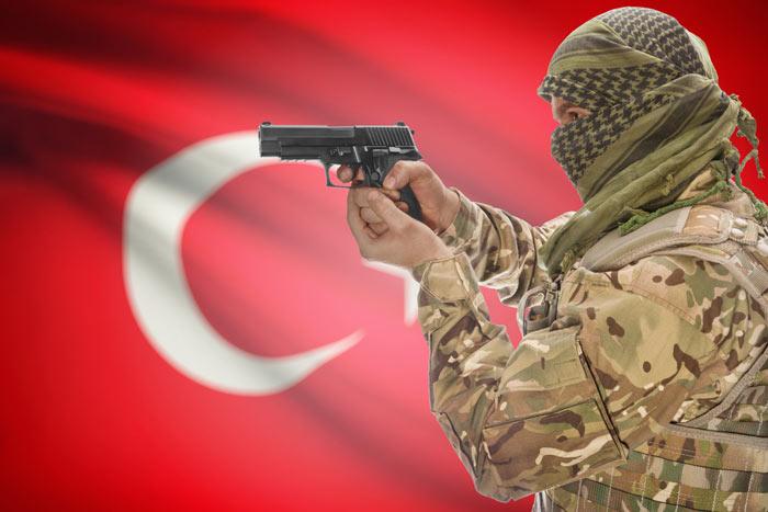 トルコ空港自爆テロは「自作自演」か「仲間割れ」か? 必読記事7選