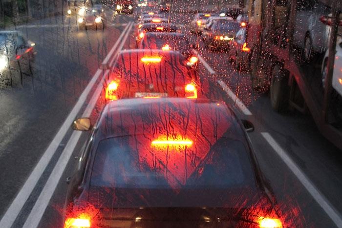 安価かつ最恐の「あおり運転対策」中国人ドライバーの間で一大ブームに!