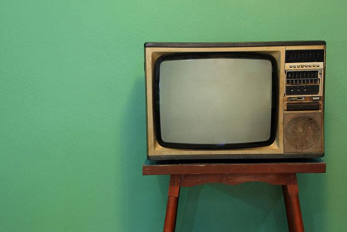 「アナログの温かみ」新提案。ヨドバシのアンティーク調テレビが完全に昭和