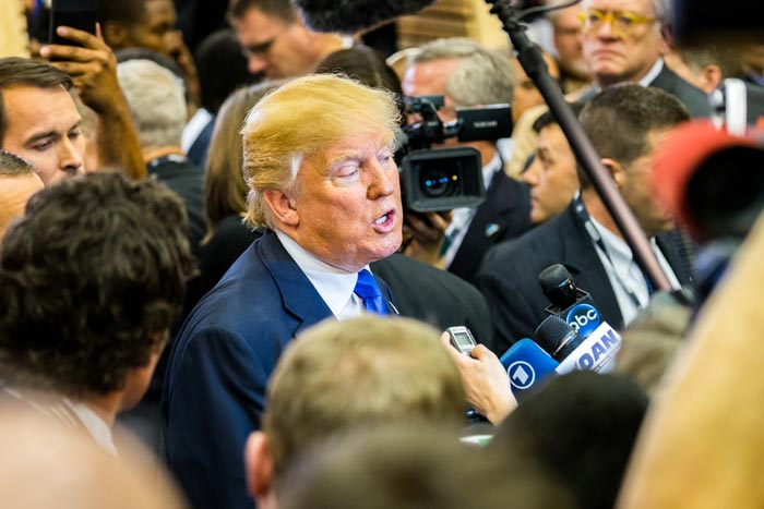 トランプが会見で「CNNは偽ニュースだ!」と激怒した本当の理由