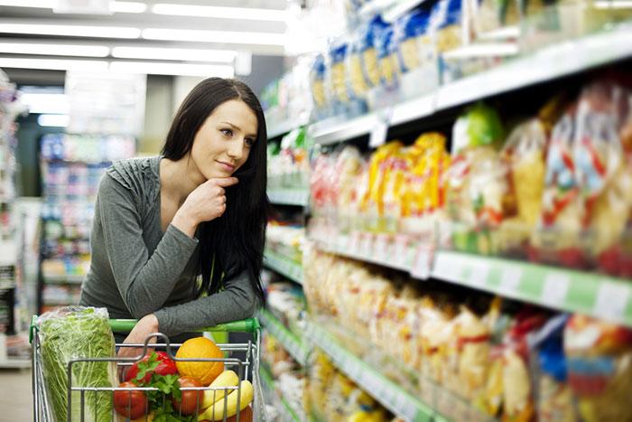 店員さんが「商品ポップ」で青年の主張!? とある社会派スーパーが面白い