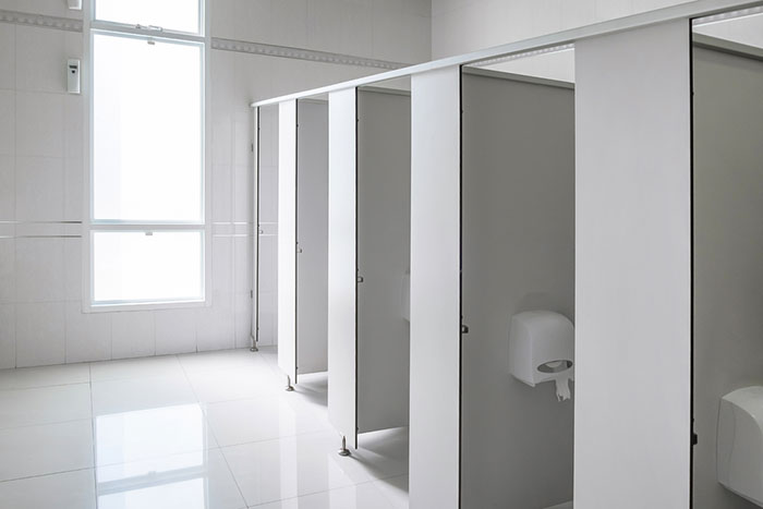 こいつ、動くぞ! 変態レベルの進化を遂げた「ドイツ製トイレ」が凄い