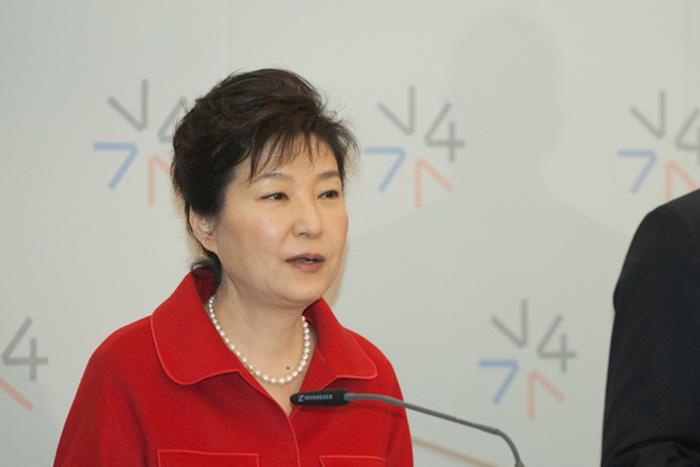 「反日だった」朴槿恵前大統領を、なぜ韓国国民はブタ箱に放り込んだのか?