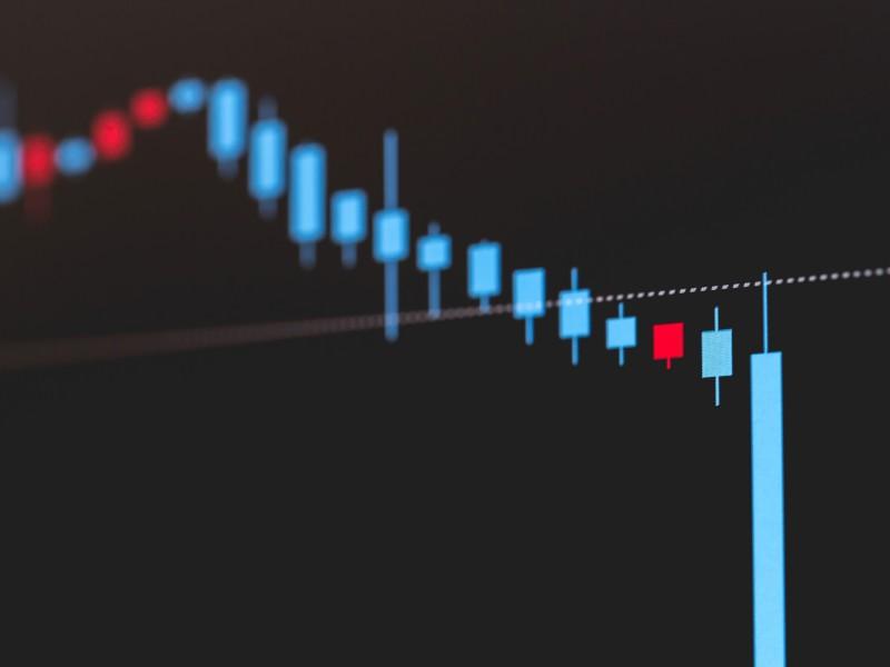 「損失限定型」の投資信託、呼び水となるか