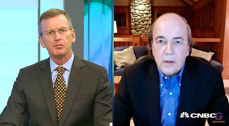 ジム・リカーズ(右)