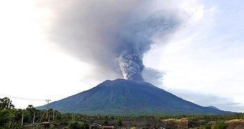 バリ島大噴火は、誰もが無防備な「地球寒冷化」のトリガーとなるか?=浜田和幸