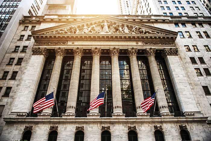 本当に米長期金利のせいなのか? 世界同時株安の真犯人を考える=久保田博幸