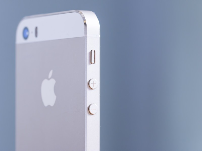 アップル株買い推奨?