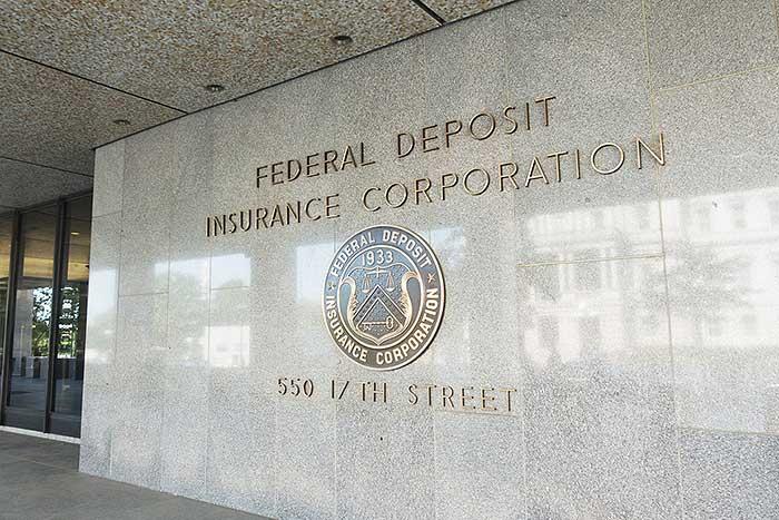 経済危機に備える世界。米国「破綻寸前の銀行リスト」に隠された警告とは?