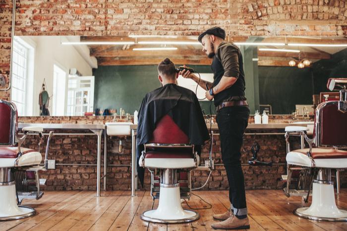 美容室で「C・ロナウドみたいにしてください!」と頼んだら…驚きの髪型に!