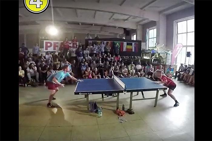 観客も大興奮! サッカーボールで卓球する『ピンポンサッカー』のガチ試合がアツい