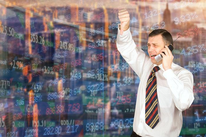 日経平均、一時1000円安へ。米株史上3番目の下げを受け日本株は全面株安(10/11)