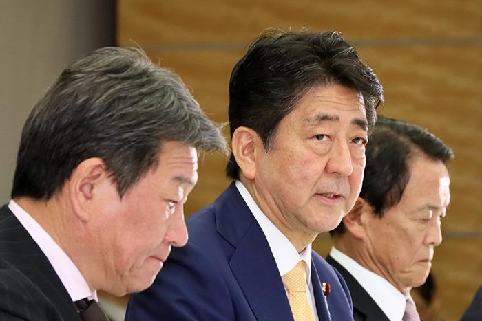 消費増税でむしろ税収は減る。財政破綻の瀬戸際に立つ日本は水道民営化へ=矢口新