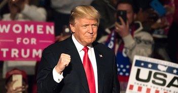 下院敗北はトランプの狙い通り。経済政策の激化と、確実になる2年後の再選=近藤駿介