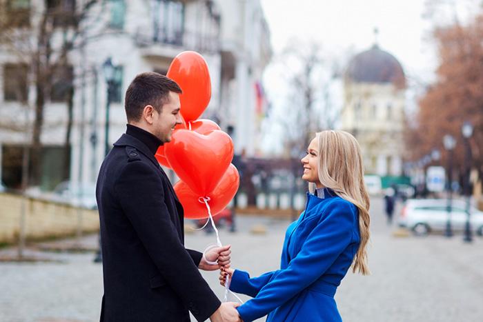 世界が出会いに飢えている?日米の恋活・婚活サービスを比較してわかったこと=シバタナオキ
