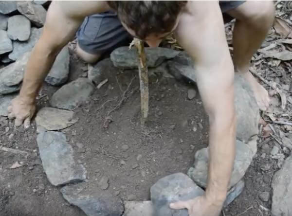 出典:YouTube(Primitive Technology)