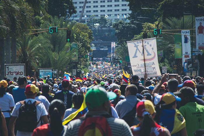 ベネズエラを戦禍に巻き込むトランプ政権の思惑が判明、米ロ中の覇権争いでシリア化へ=高島康司