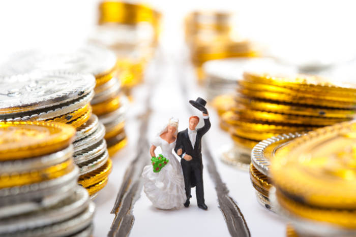 女性も経済的に自立しないと結婚できない?高収入や資産があることもアピールに=川畑明美
