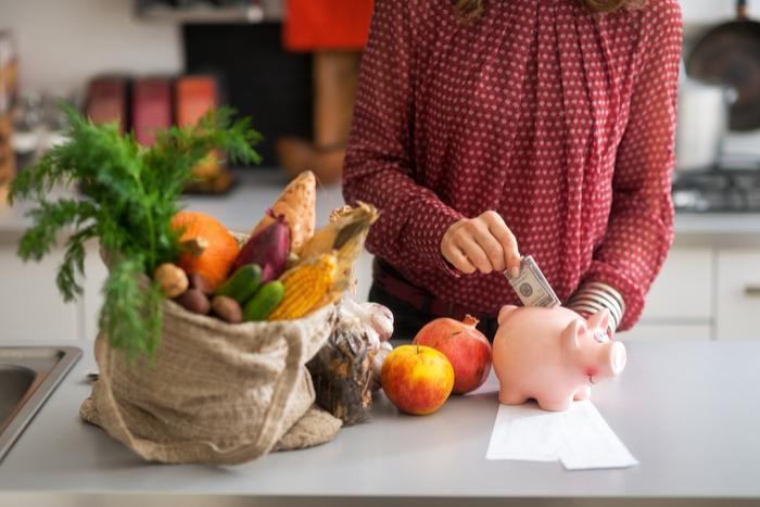 現金よりキャッシュレス決済のほうが、貯金が増える?上手にやりくりするコツとは=川畑明美