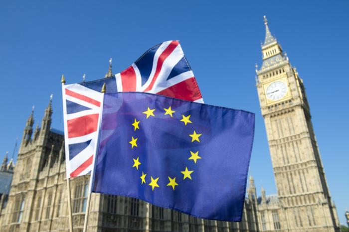 日経平均は小幅高の2万1,711円。欧州連合(EU)が英国の離脱期限の再延期を発表(4/11)