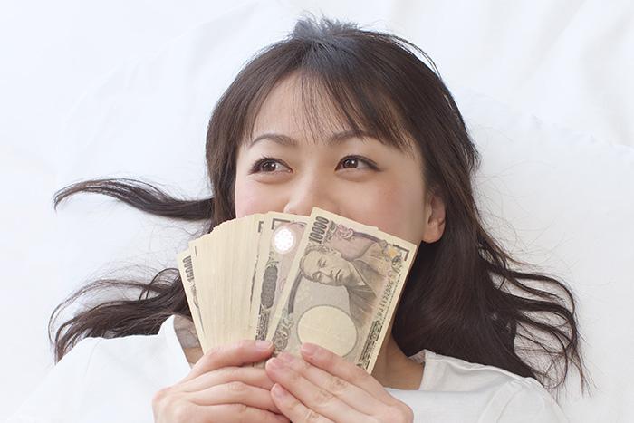 女性の半数がキャッシュレス化を危険視、なぜ日本人は現金を捨てられないのか?=岩田昭男