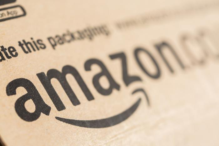 アマゾンの現PERは65倍、バリュー投資家で知られるバフェットがそれでも投資したワケ=栫井駿介
