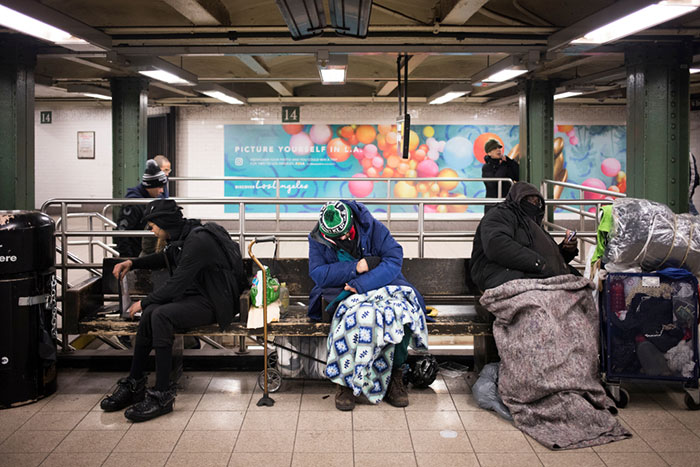 本当はこわい米国の失業率、雇用統計マジックに隠されて増殖するホームレスたち