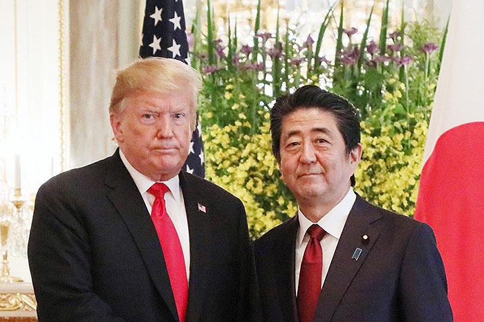 日米首脳「蜜月」の裏で威力増すトランプ砲、誰かが止めねば日本も世界も焼け野原に=斎藤満