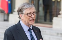 190613Bill_Gates_eye