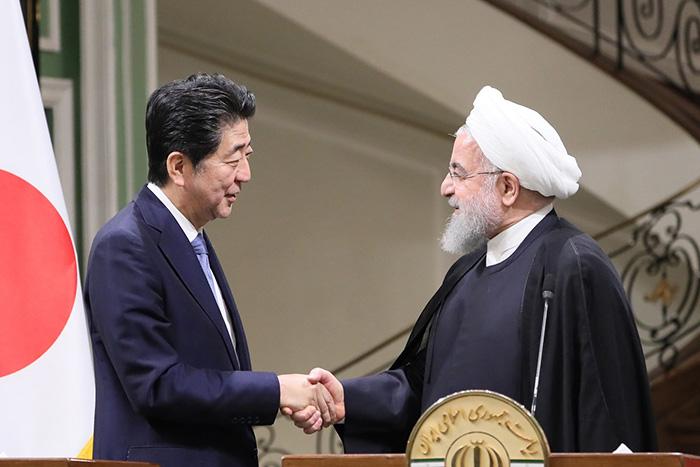 安倍首相は外交音痴か?日本を最高級の待遇で迎えたイランと、タンカー攻撃の真相=矢口新
