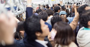 現役世代の年金負担、日本が世界一に。老後資金は「年収の7倍」貯める必要=川畑明美