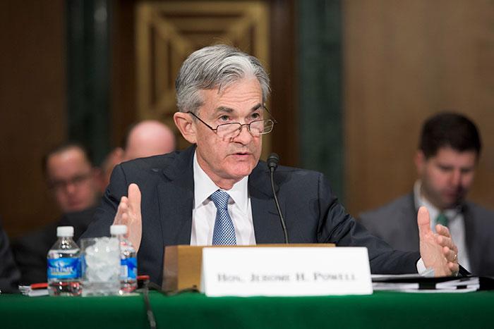 FRB、年内「利下げ」を示唆も後手後手に。日銀は金融緩和維持決定で御託だけか=高梨彰