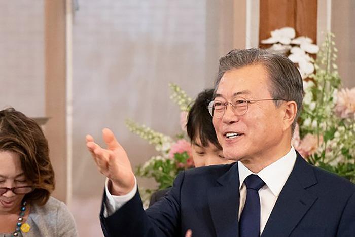 韓国、無年金者が54.1%の衝撃。文在寅政権の反日と税金ばら撒きで自滅していく=勝又壽良