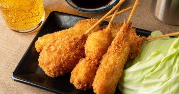 串カツ田中が月額500円でドリンク割引サービス開始、飲食業界に広がる新サービス=坂本彰