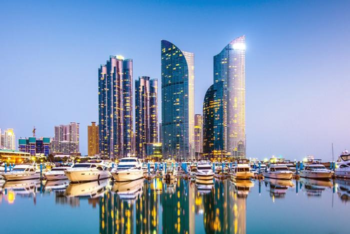 韓国、日本の「戦犯企業」284社の不買条例可決。釜山・ソウル市議会の動きは全国へ