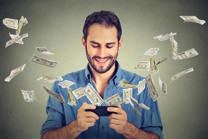 お金があれば幸せとは限らない…資産を築いた人が幸せになるためのお金の使い方